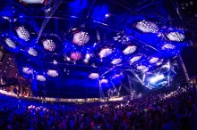 clay_paky_lights_up_the_ultra_music_festival_in_miami_01_L