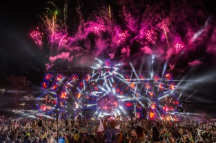 Ultra-Music-Festival-Day3-DVS-026_1333-660x439